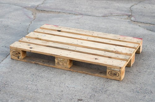 Recycled EURO block pallet