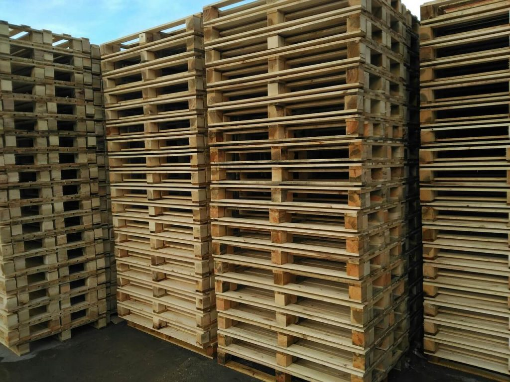 used pallets and refurbished